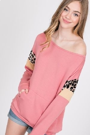 Front pocket tunic top
