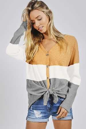Color block thermal waffle buttoned front top