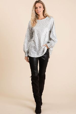 LEOPARD PRINT WAFFLE KNIT TOP WITH BALLOON SLEEVES