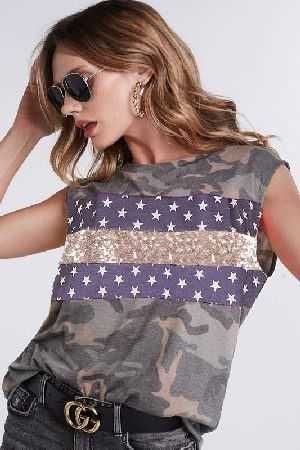 Sleeveless camouflage muscle tanktop