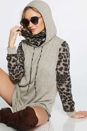Super soft two toned hoodie with leopard