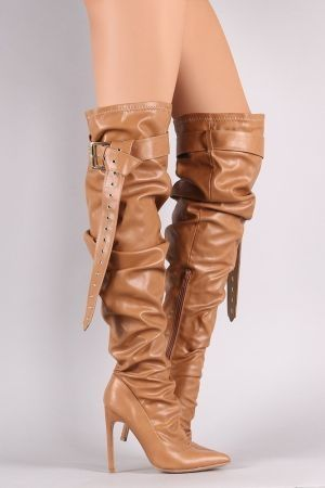 Pointy toe heel boots