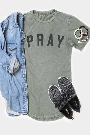 Graphic Tee Pray