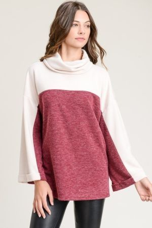 Contrast top with cowl neck and longsleeve