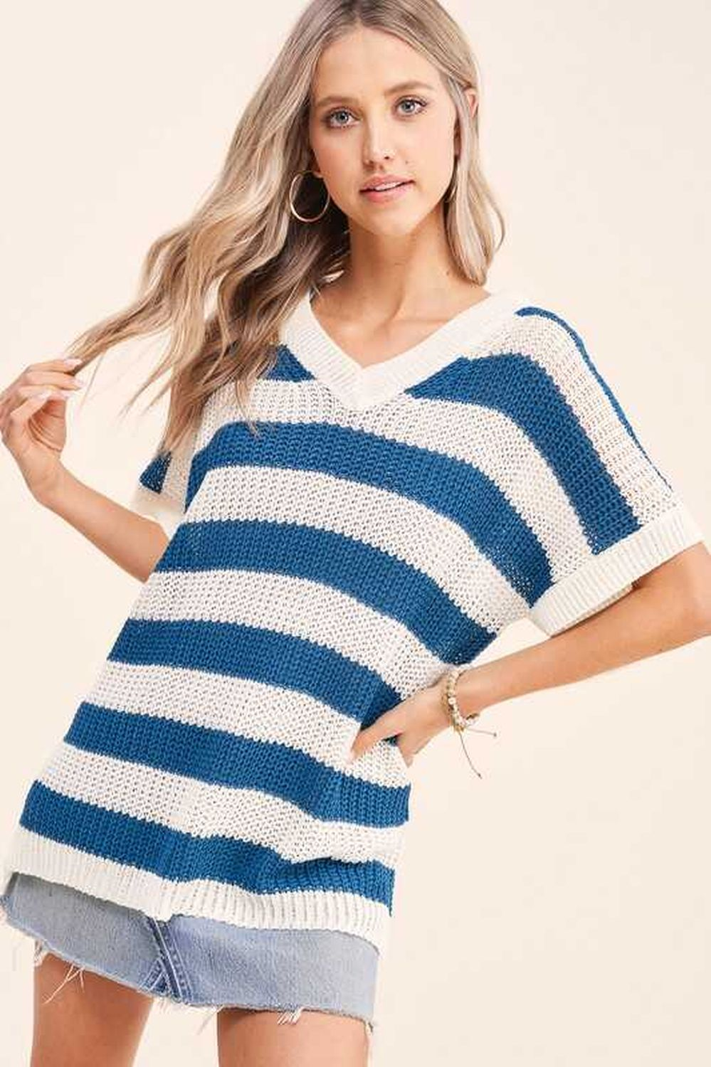 Matin Striped Sweater Loose Knit Material