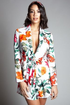 Tropical flower print set with notch lapel blazerand pleated shorts