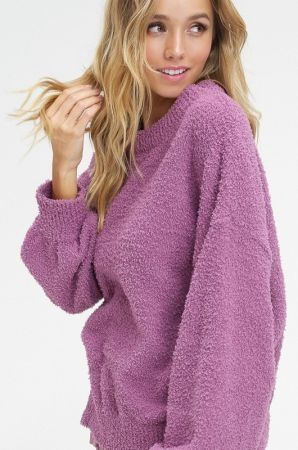 Soft shearling yarn pullover sweater