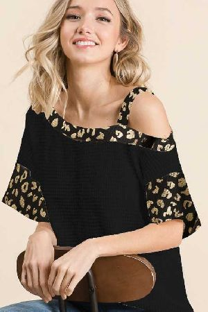 POPCORN WAFFLE ONE SHOULDER TOP