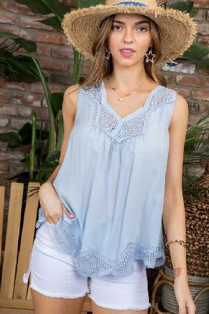 Scallop Hem Lace Detail Top