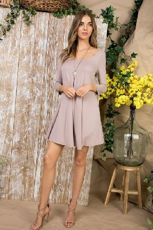 Side pocket knit dress