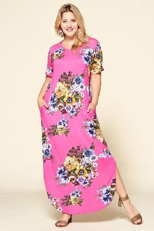 Curved hem floral knit maxi dress