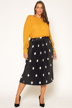 Plus Size Polka Dot Pleated Midi Skirt