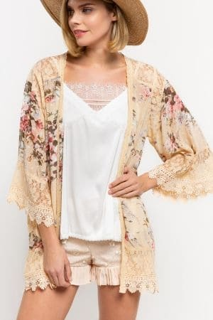 Floral print kimono cardigan with lace contrast