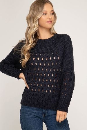 Long sleeve sweater with ribbed hem