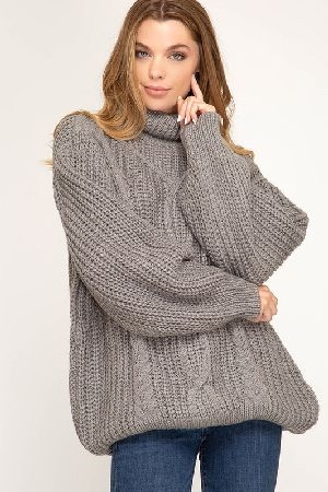 Long sleeve turtle neck cable knit sweater top