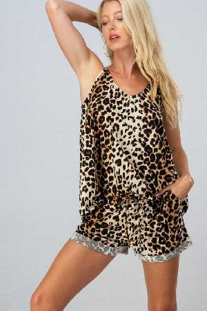Leopard top bottom set