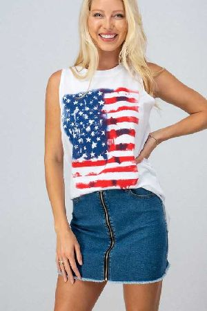 Sleeveless knit top with american flag